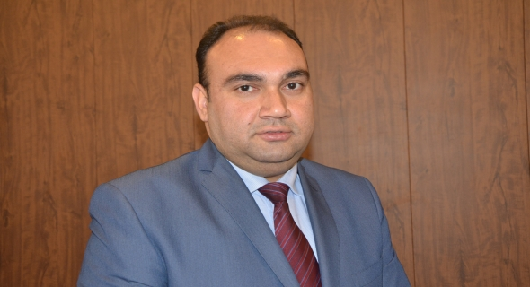 عضو مجلس الامناء فضل عباس